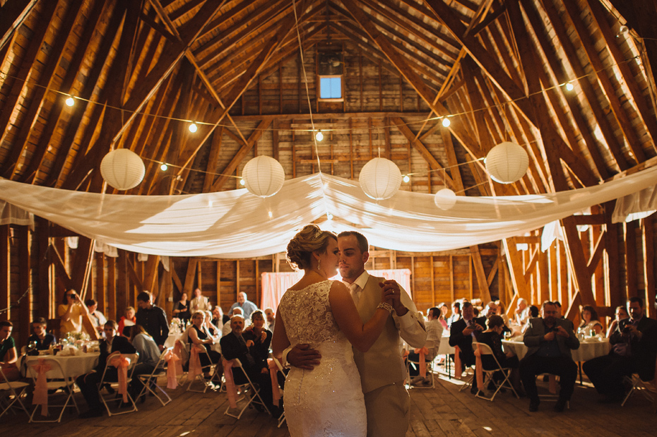 Bates Barn Wedding